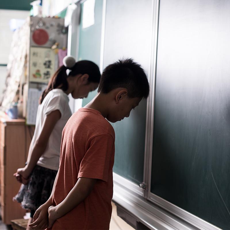 請走不適任教師,為何那麼難?
