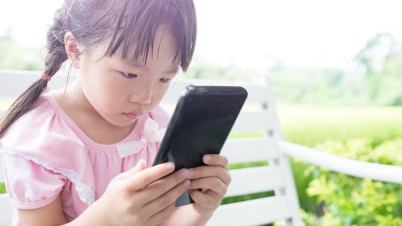 兒科醫師吳淑娟:讓3C產品變成「問題」的,原來是家長