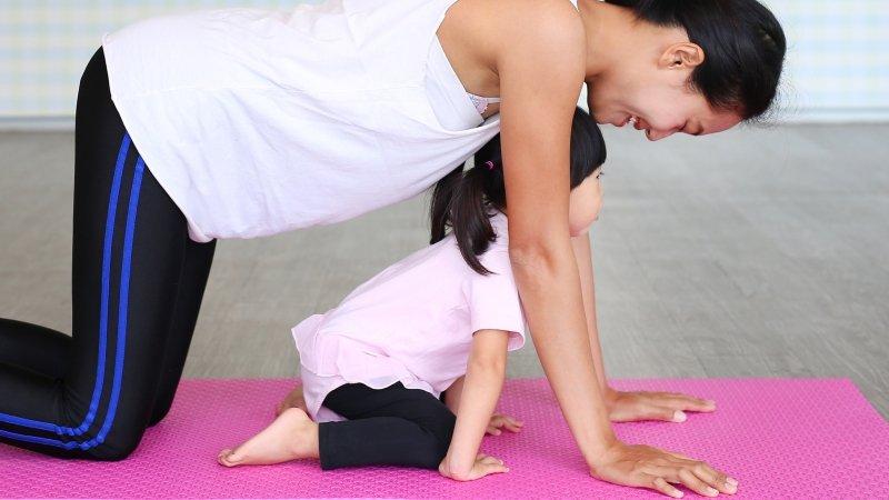 帶寶寶做瑜珈,有助於未來動作發展