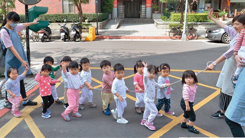 台北市小磊心托嬰中心 用心經營親師關係,家長社團成最大支持