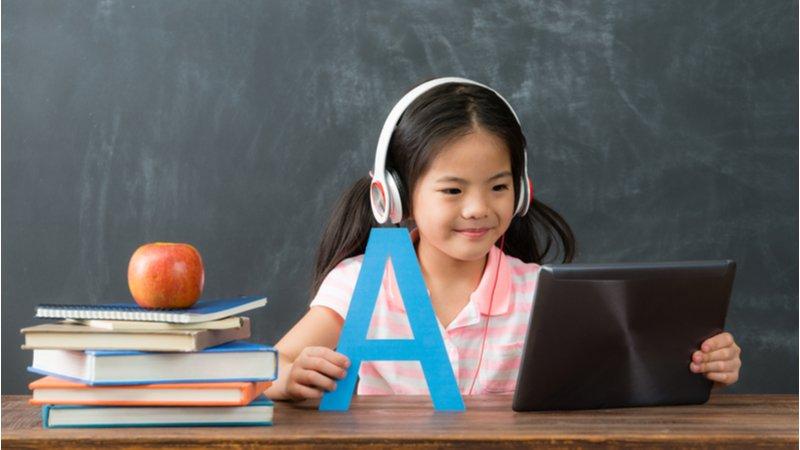 老師給家長的8建議:面對疫情,親師生如何優質線上學?
