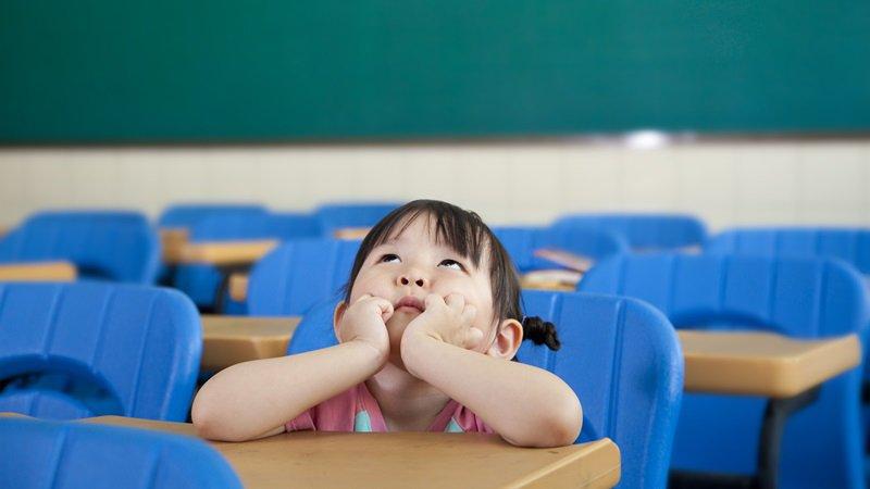 「無聊」有益腦力!暑假不想出門時,不妨試試「變聰明」白日夢