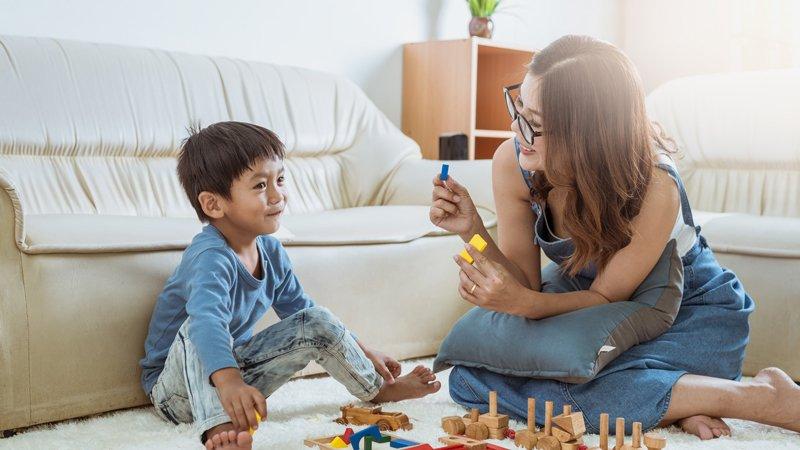 給孩子體驗錯誤的機會,讓他從「自然結果」學習成長