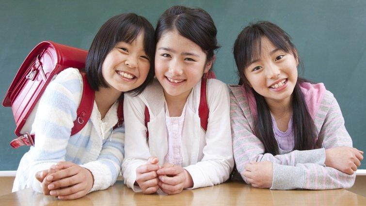 孩子擁有知心好友,比廣受歡迎更有益