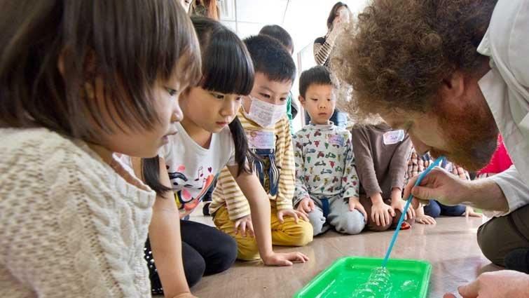 瘋狂阿兜仔 帶小小孩動手玩科學