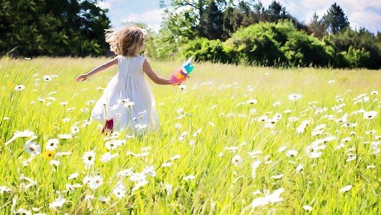 【請問兒科專家】6歲女生骨齡超前1歲半,需要擔心性早熟嗎?