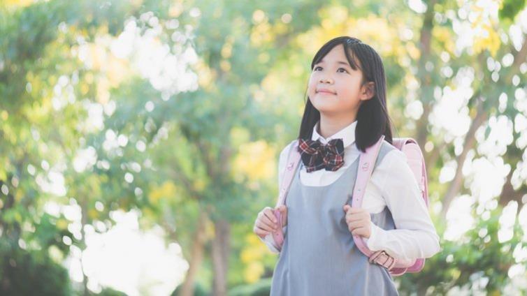 面對前青春期女孩自信心滑落,如何引導?