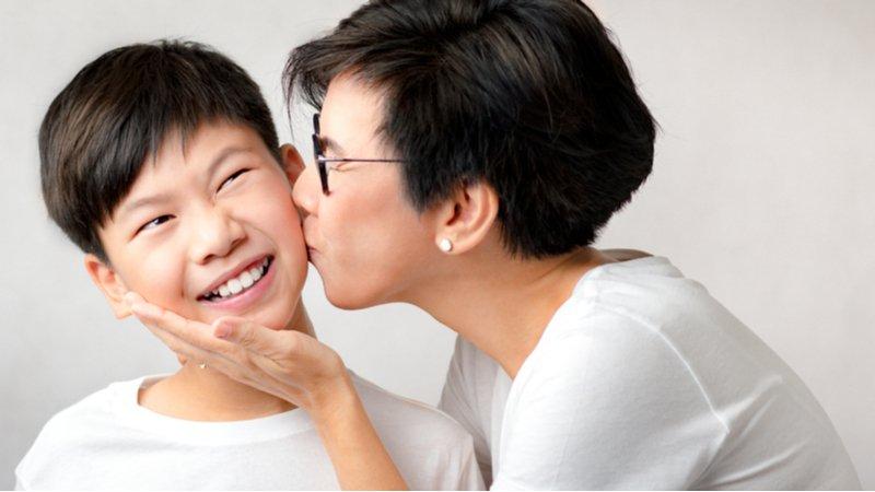 哈佛傳授5秘訣 教親子談戀愛話題