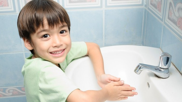 腸病毒如何防?自製消毒水在家就能做!