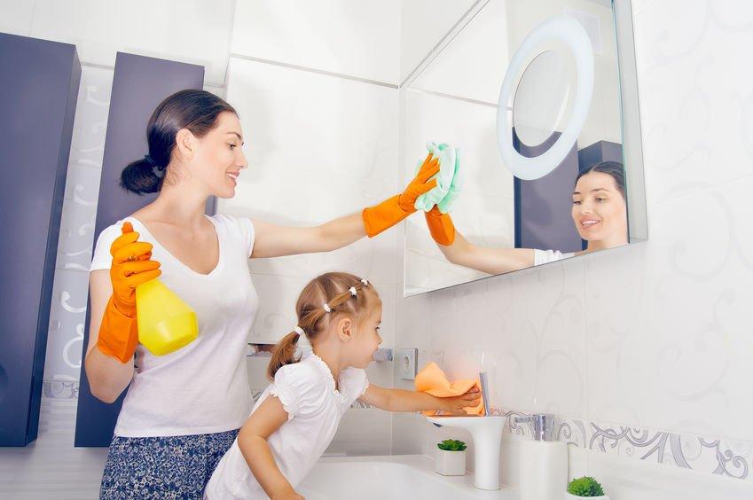 放心讓孩子動手做!使用悠樂芳盜賊配方系列,99.9%高效抗菌力,家居清潔安全更安心!