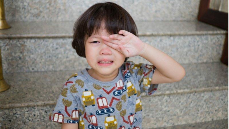 想出馬幫孩子解決問題?別剝奪他們體會心情的機會