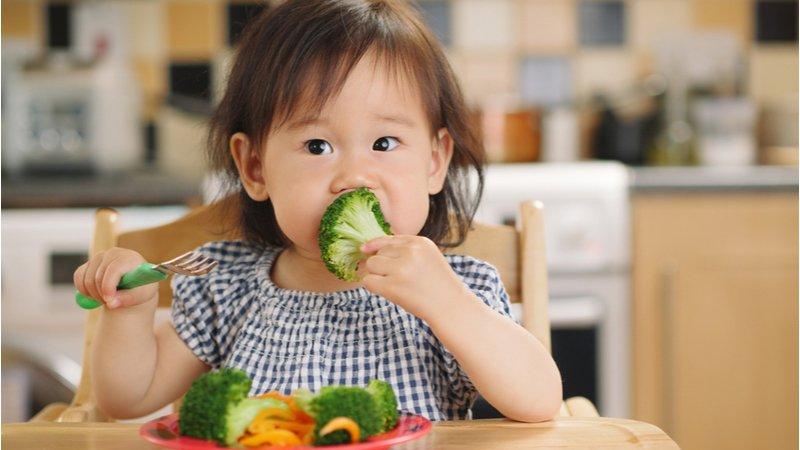 幼兒嘗試新食物,平均15次才會接受