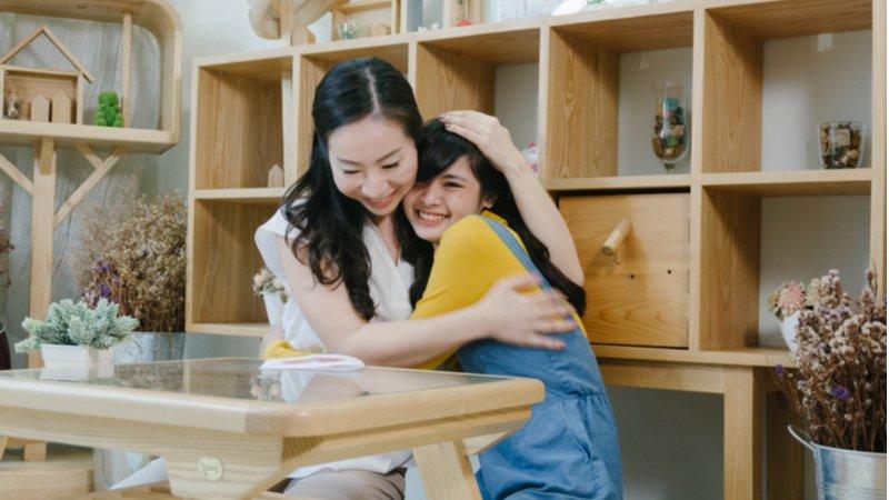 建立你與孩子間最信任的距離:成為「適度依賴」的父母