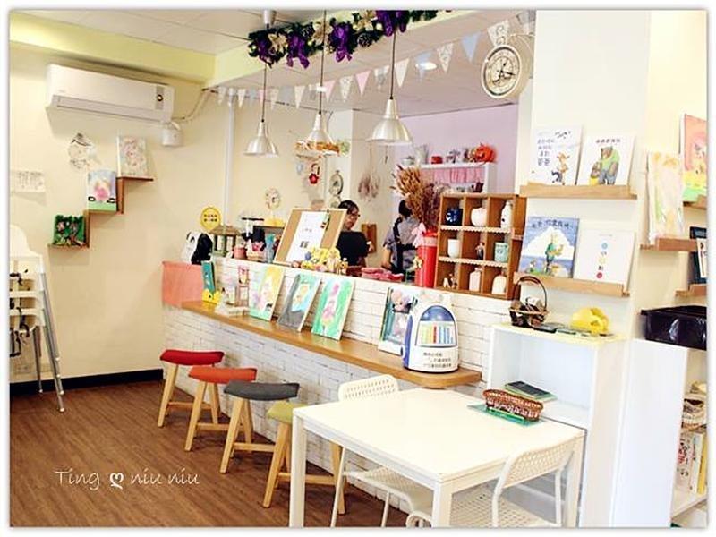【親子餐廳。新店】山姆叔叔繪本咖啡館