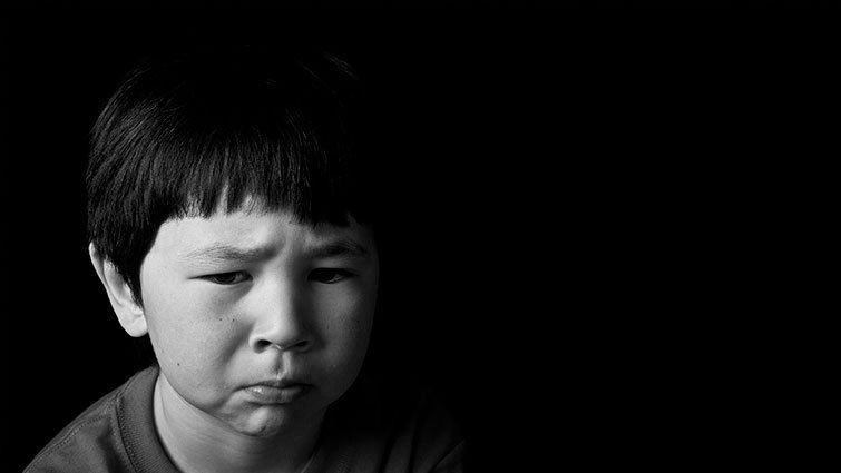 被霸凌者的眼淚:別再跟孩子說「不要理他們就好了!」