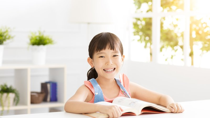 「一頁五字」判定法,幫孩子挑出適合閱讀的書