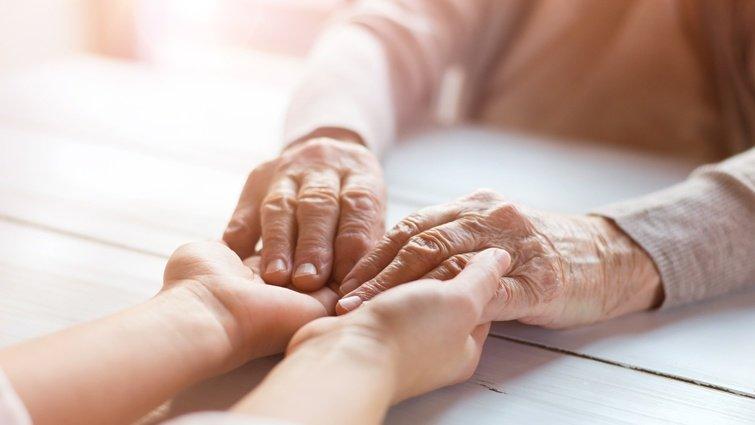 張曼娟:記憶消逝的母親,沒忘了愛