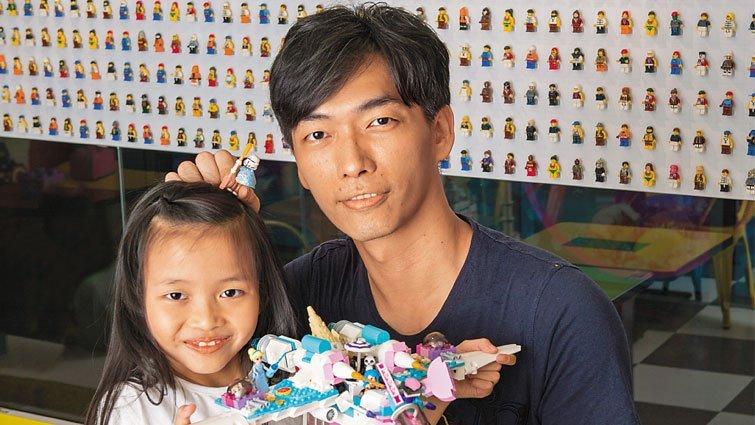 樂高達人戚心偉:父女合作 抱回樂高大賽冠軍