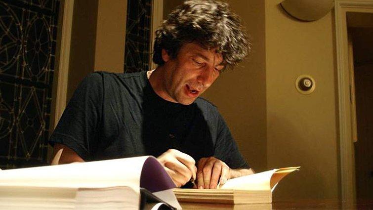 小說家尼爾.蓋曼:如果大人這樣做,會扼殺孩子的閱讀習慣...