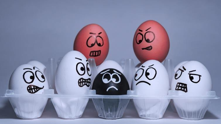 身為家長,你是否對自己孩子寬容,對別人孩子嚴苛?