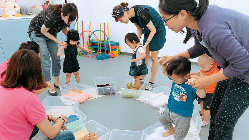 跟著超人媽媽帶小孩!走出家門,親子共玩共學去