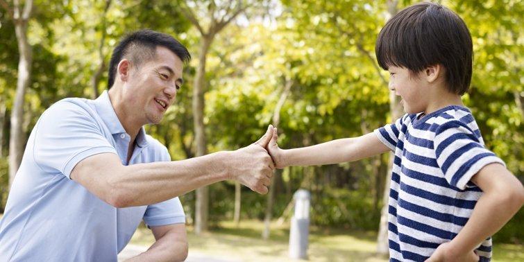 10個主題,打開你與兒子的話匣子