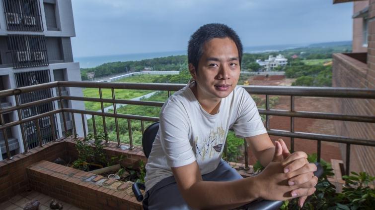 唐宗浩:「從小到大,父母從不拿我和唐鳳做比較」