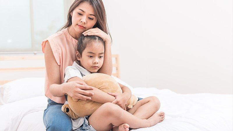 如何陪孩子從創傷中走出?專家:請允許孩子的「不正常」