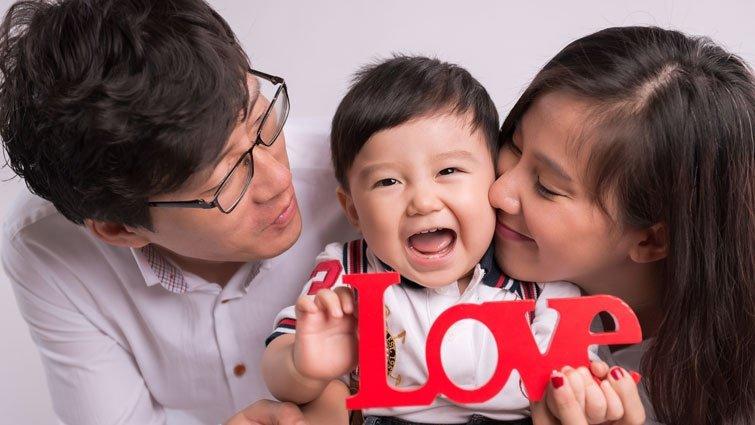 只對一半的真相:孩子需要母親勝過父親?