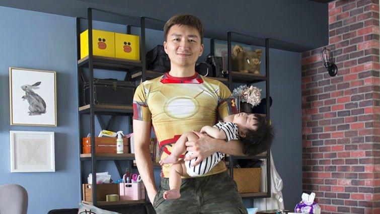 部落客隱藏角色:育兒煮飯練柔術,他的「超奢侈」育嬰假