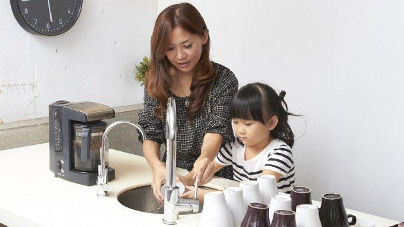 訓練孩子做家事的好時機,從兩歲開始