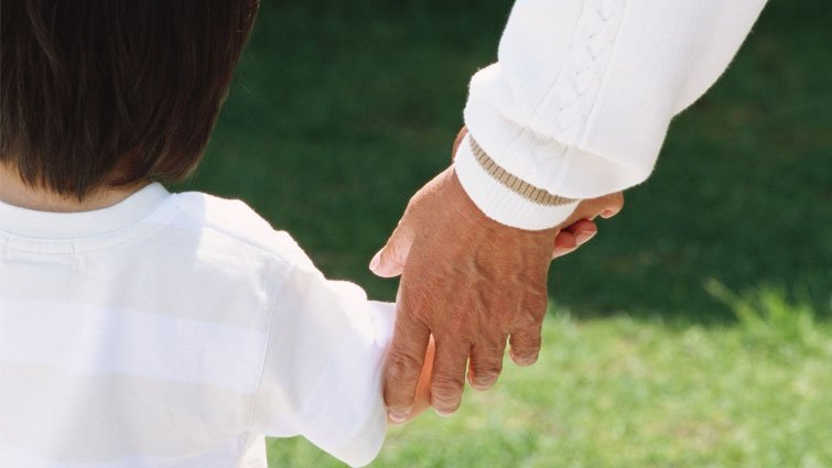 面對父母老去的勇氣:最好的孝順就是不孝