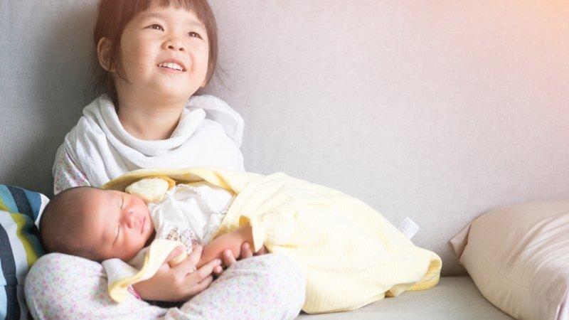 用包巾包住寶寶會比較好睡,是真的嗎?