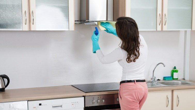 打掃廚房讓你很頭痛?抽油煙機清潔小撇步