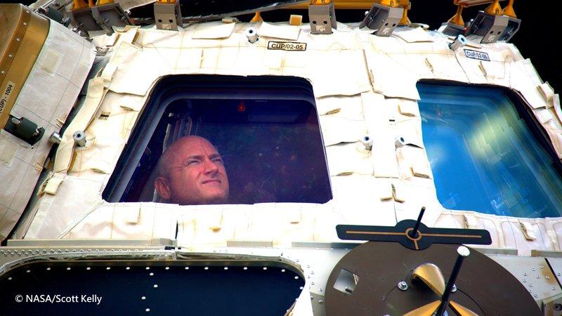 學校成績總是墊底的他,成了NASA最紅的太空人