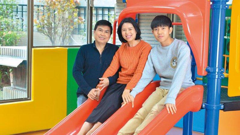覺醒家庭:塑造語言學習腦 越南媽媽從小教孩子母語培養出4語能力