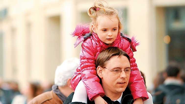 新鮮事/英政府將推父母課,6成民眾贊同