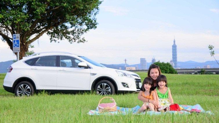 媽媽開車好輕鬆   新手駕駛也安全LUXGEN U6 TURBO ECO HYPER讓母子共譜出遊快樂時光