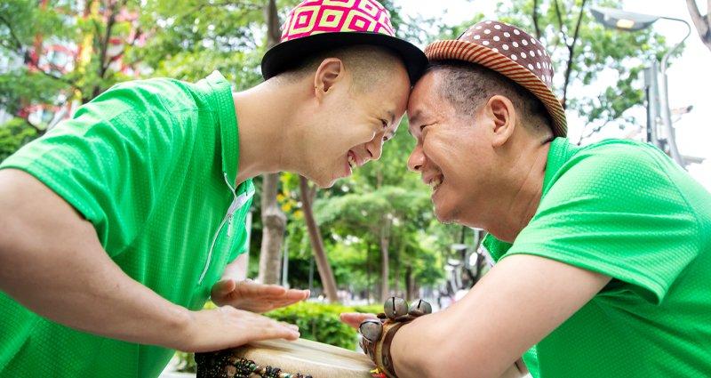 帶唐氏症兒環遊世界演出的肢障爸爸:我以兒子為榮,沒有他就沒有現在的我