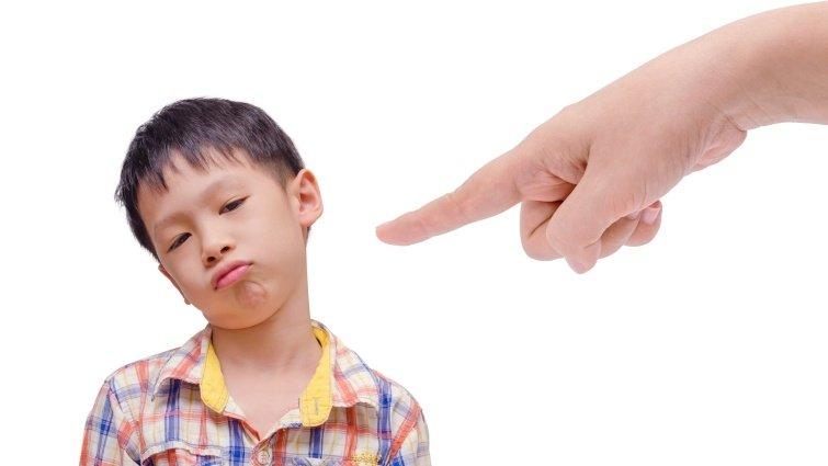 建中老師:大人的層層限制,可能是孩子懦弱的原因