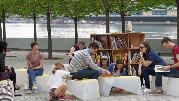 幸佳慧:UNI 攜帶式閱讀室-不滿足的閱讀推廣【金蘋果與黃金鳥】