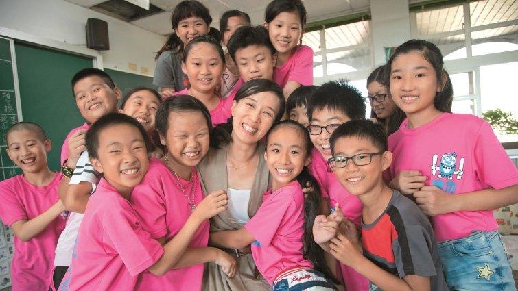 台南市建功國小老師 彭遠芬 「五星級造句法」讓孩子寫出心裡話