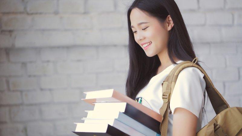 給中小學生的推薦書單│57本好書 提升「國英數社自」素養力