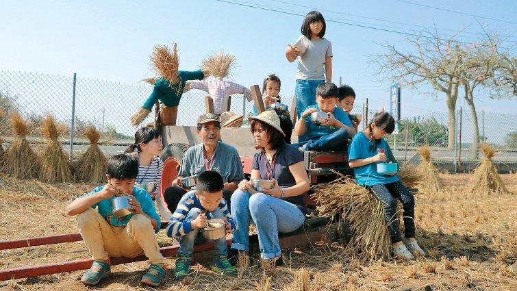 鹿樂平台 替偏鄉小校找志工的「人力銀行」