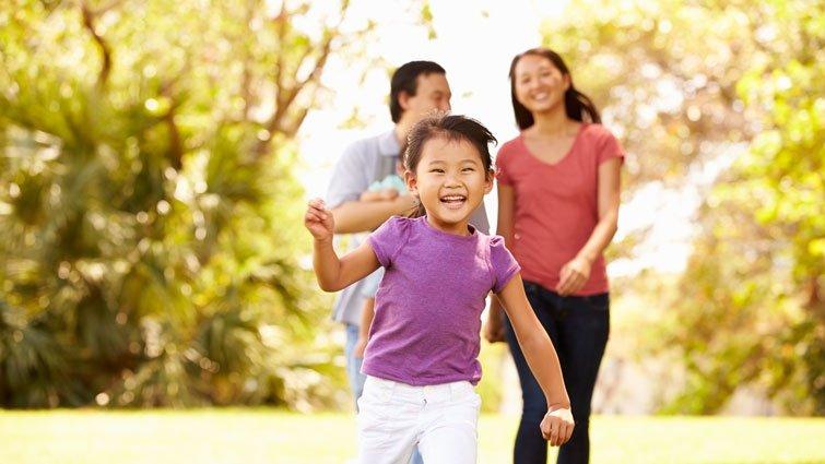 小孩到底怎麼教﹖專家說要「教」養孩子,又說要「尊重」他,又說要「鼓勵」他嘗試探索