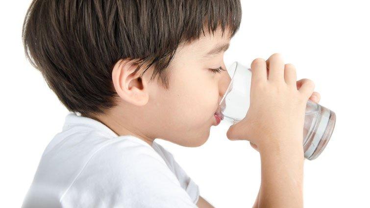 黃瑽寧:小嬰兒被強迫喝水反而會出問題