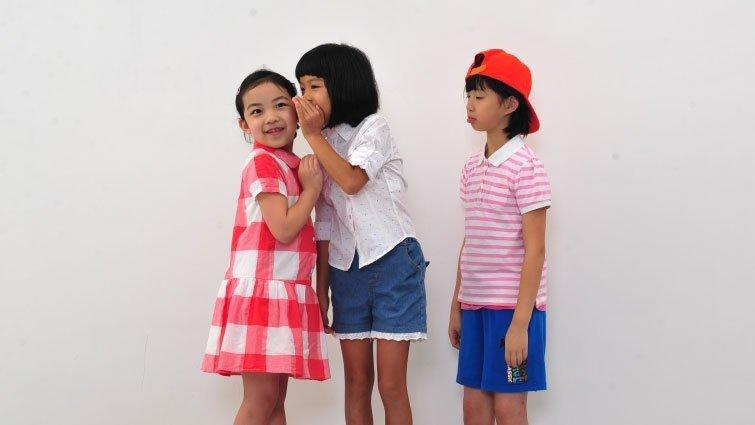 如何和孩子談交友話題?