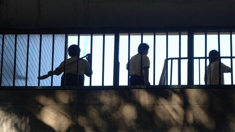 加高圍牆、增加監視器,校園就安全嗎?
