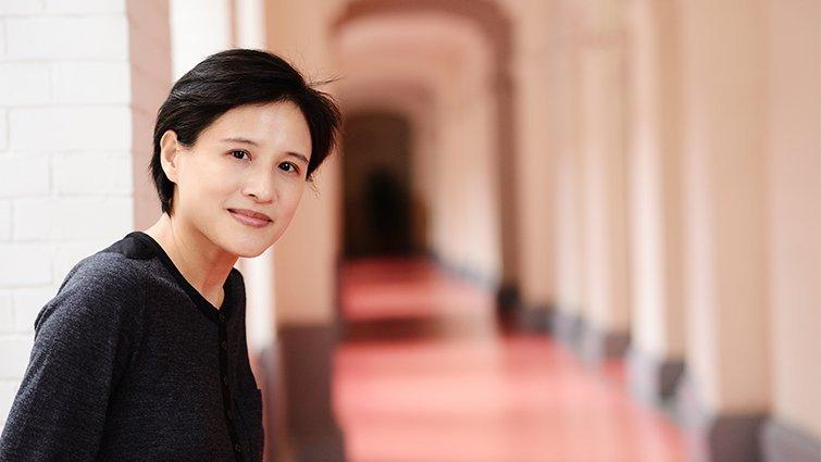文化部長鄭麗君 高齡媽推動友善育兒環境