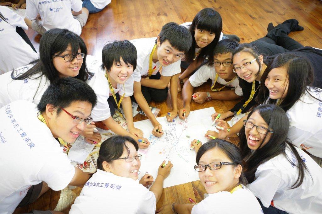 陪伴孩子從志工服務探索自我、培養品格素養 保德信青少年志工菁英獎 推動未來的希望